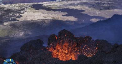 Le piton de la Fournaise est en éruption !